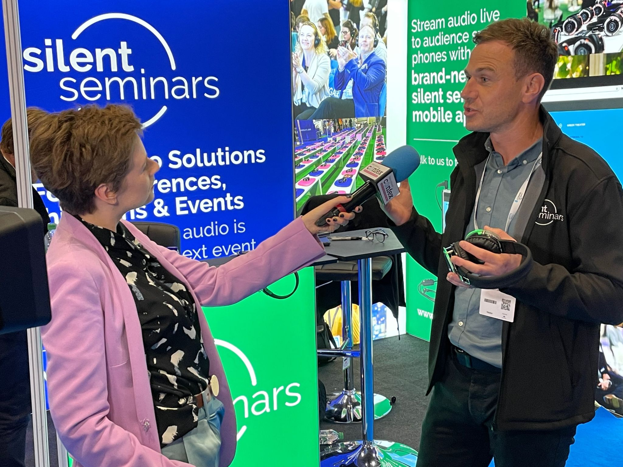 Duncan Strain, Director of Silent Noize and Silent Seminars, being interviewed at the Silent Seminars exhibition show at International Confex 2021.
